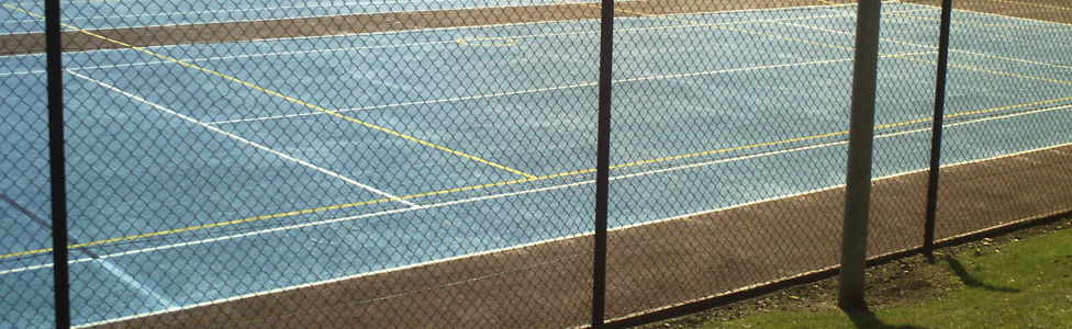 Tennis Court Maintenance based in Oakham, Rultand area